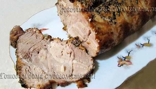 Свинина запеченная в рукаве в духовке