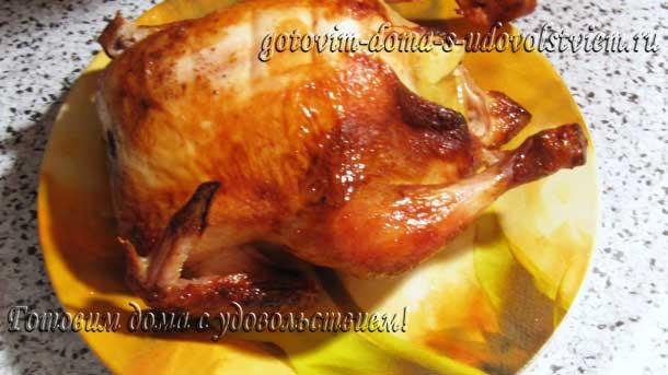 курица-в-маринаде-в-духовке-целиком-на-решетке
