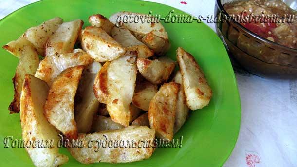 картофель-ломтиками-в-духовке
