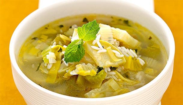 Кабачковый суп с сельдереем и рисом
