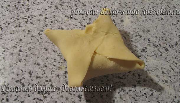 слоеное тесто в домашних условиях быстрого приготовления на сметане